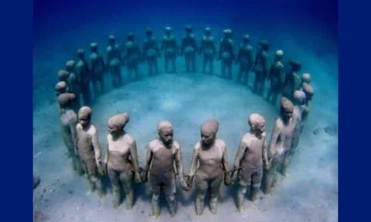 Honor African Ancestors border