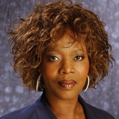 How Alfre Woodard Built Sisterhood in Hollywood