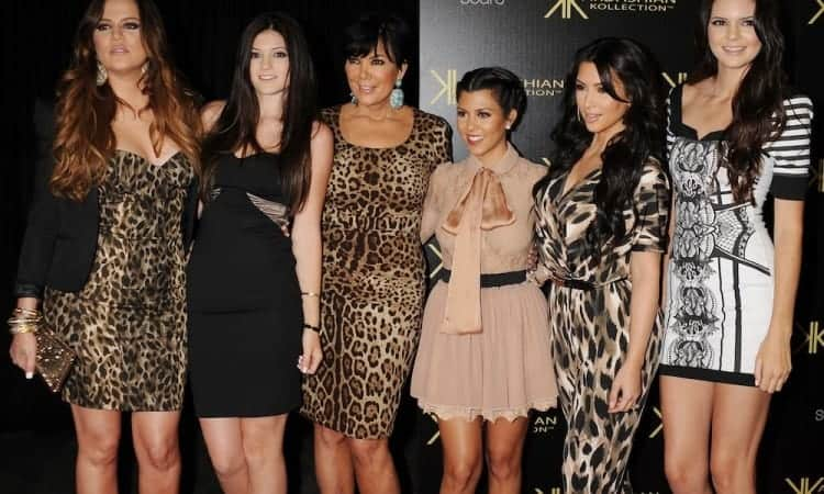 HOLLYWOOD, CA - AUGUST 17: Khloe Kardashian, Kylie Jenner, Kris Jenner, Kourtney Kardashian, Kim Kardashian and Kendall Jenner attend the Kardashian Kollection Launch Party at The Colony on August 17, 2011 in Hollywood, California. (Photo by Jeffrey Mayer/WireImage)