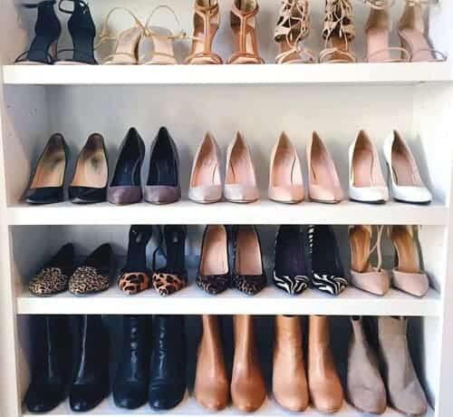 Pick a style of shoes:
